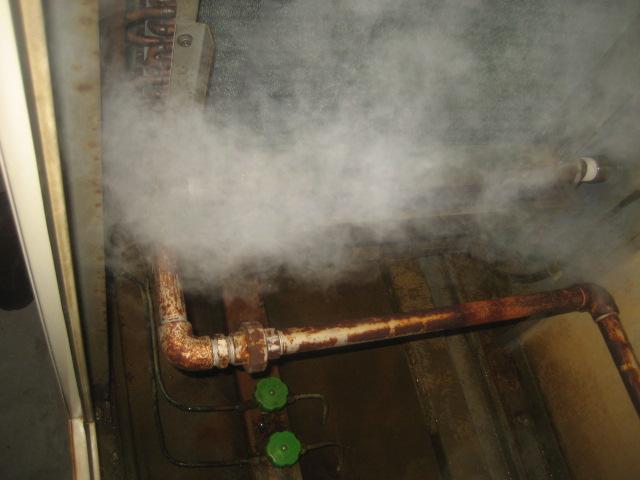 加湿装置整備後②(加湿配管清掃)