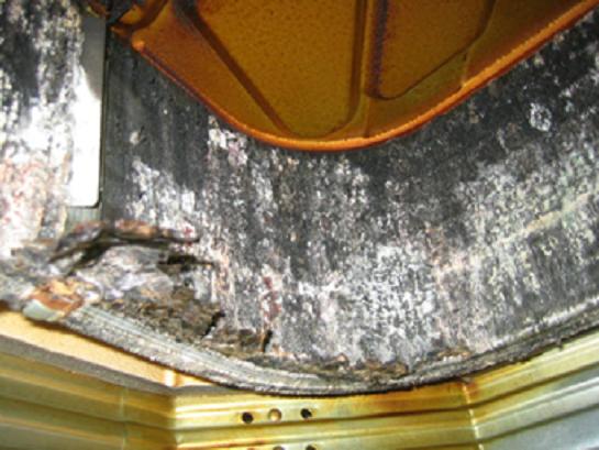 フィンコイル洗浄前(熱交換器高圧洗浄)