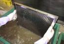 グリスフィルター清掃中(薬品洗浄)