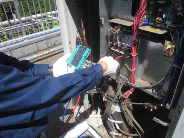 室外機電圧測定